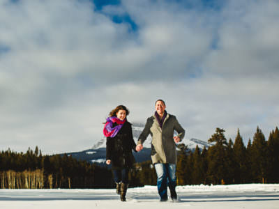 A chilly engagement session in the Crowsnest Pass - Britt and Jeff