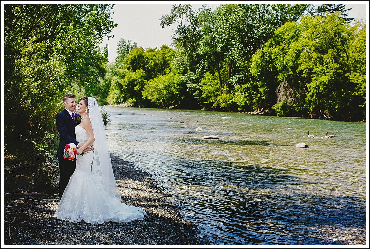 Calgary_Wedding_Photographers_-_Shannon_Teddy_0031.jpg
