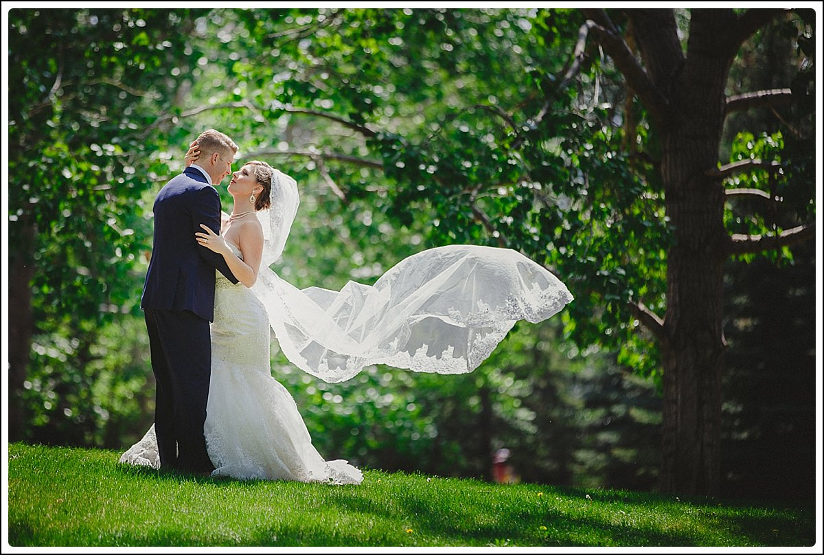 Calgary_Wedding_Photographers_-_Shannon_Teddy_0036.jpg