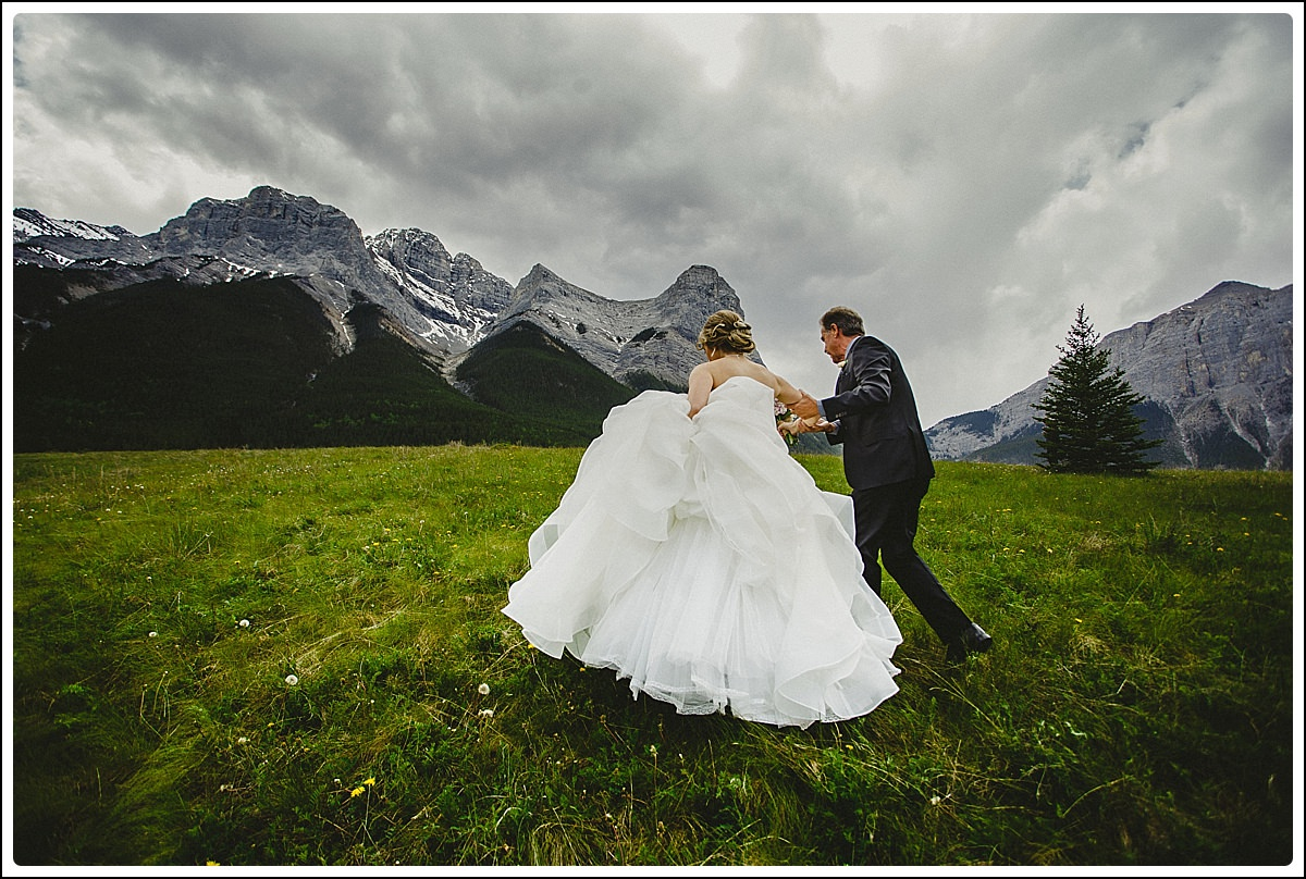 Canmore_Wedding_Photographers_Dana_Pat_0025_WEB.jpg