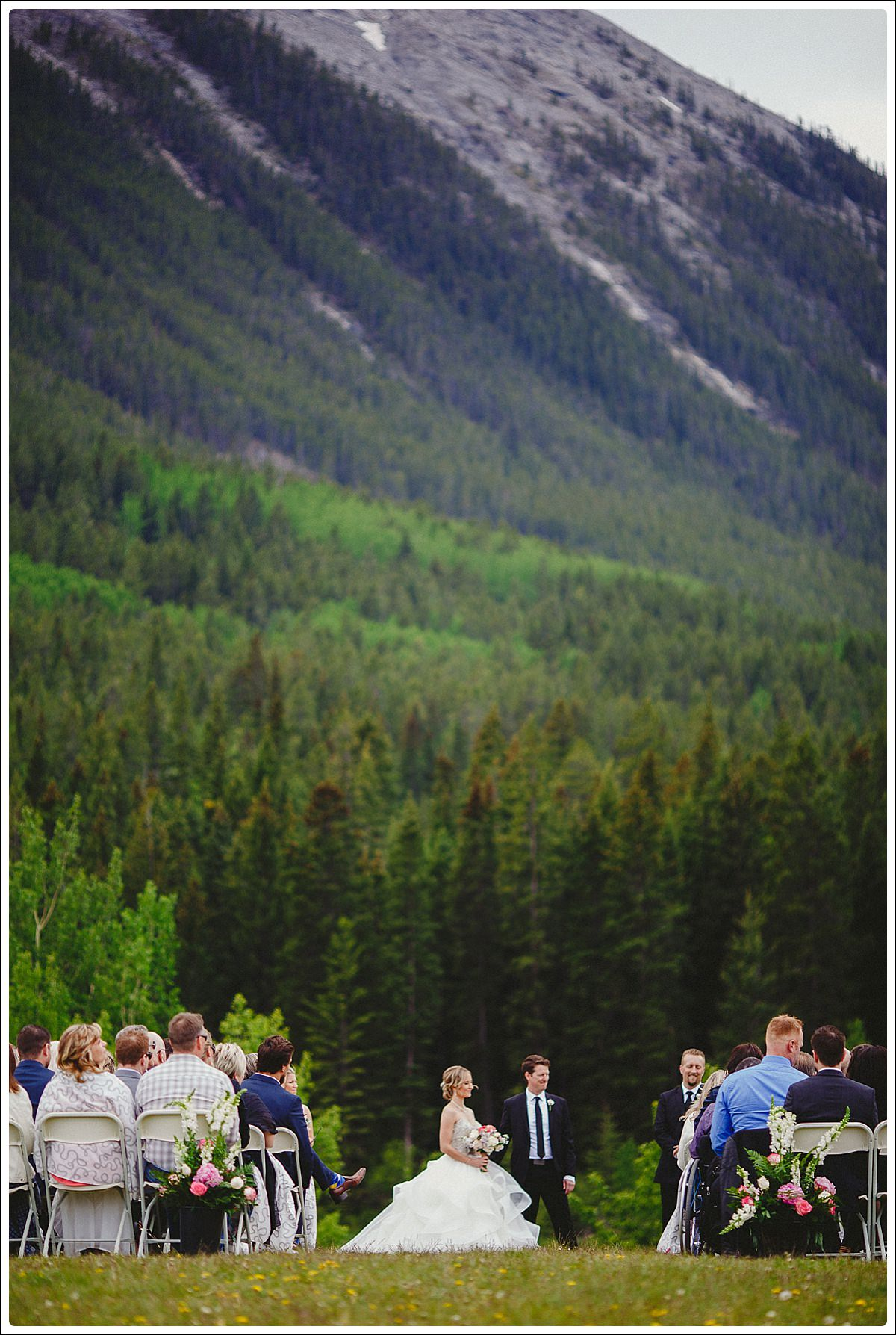 Canmore_Wedding_Photographers_Dana_Pat_0029_WEB.jpg