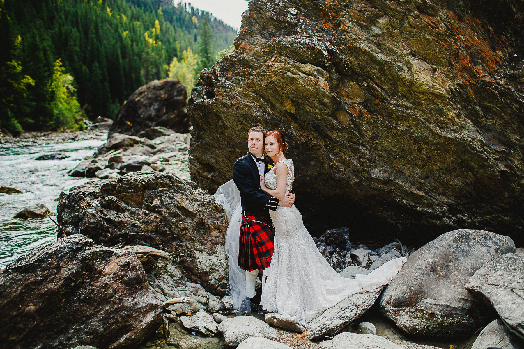 Groom in kilt at Panorama Mountain Resort
