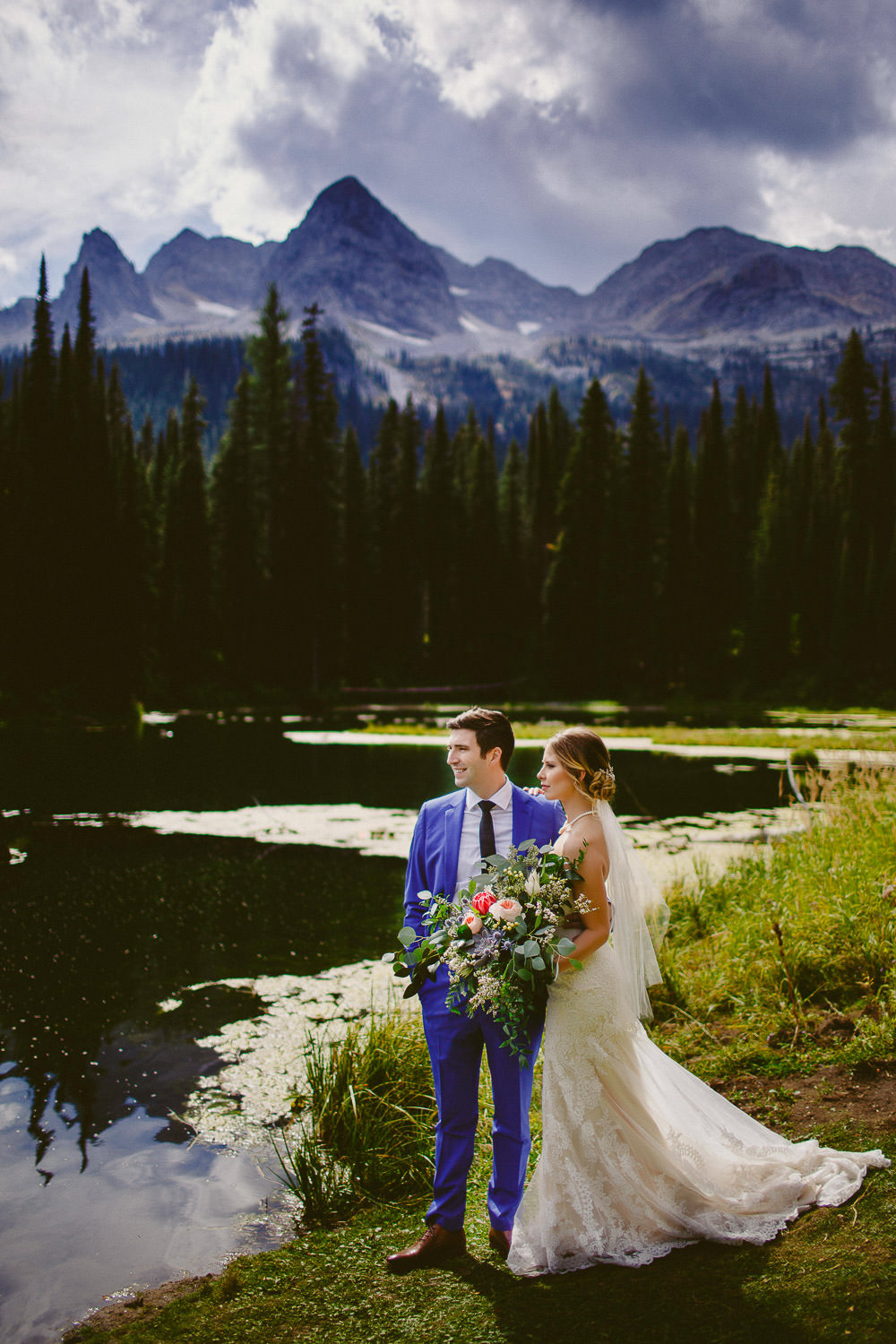 Bride and groom at Island Lake Lodge
